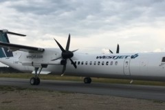 Bombardier-Dash-8-300-4